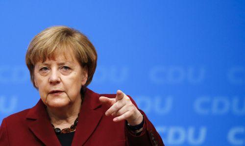 Merkel furiosa con Trump, piano segreto per 19 paesi aderenti all'euro. E sul clima è muro contro muro