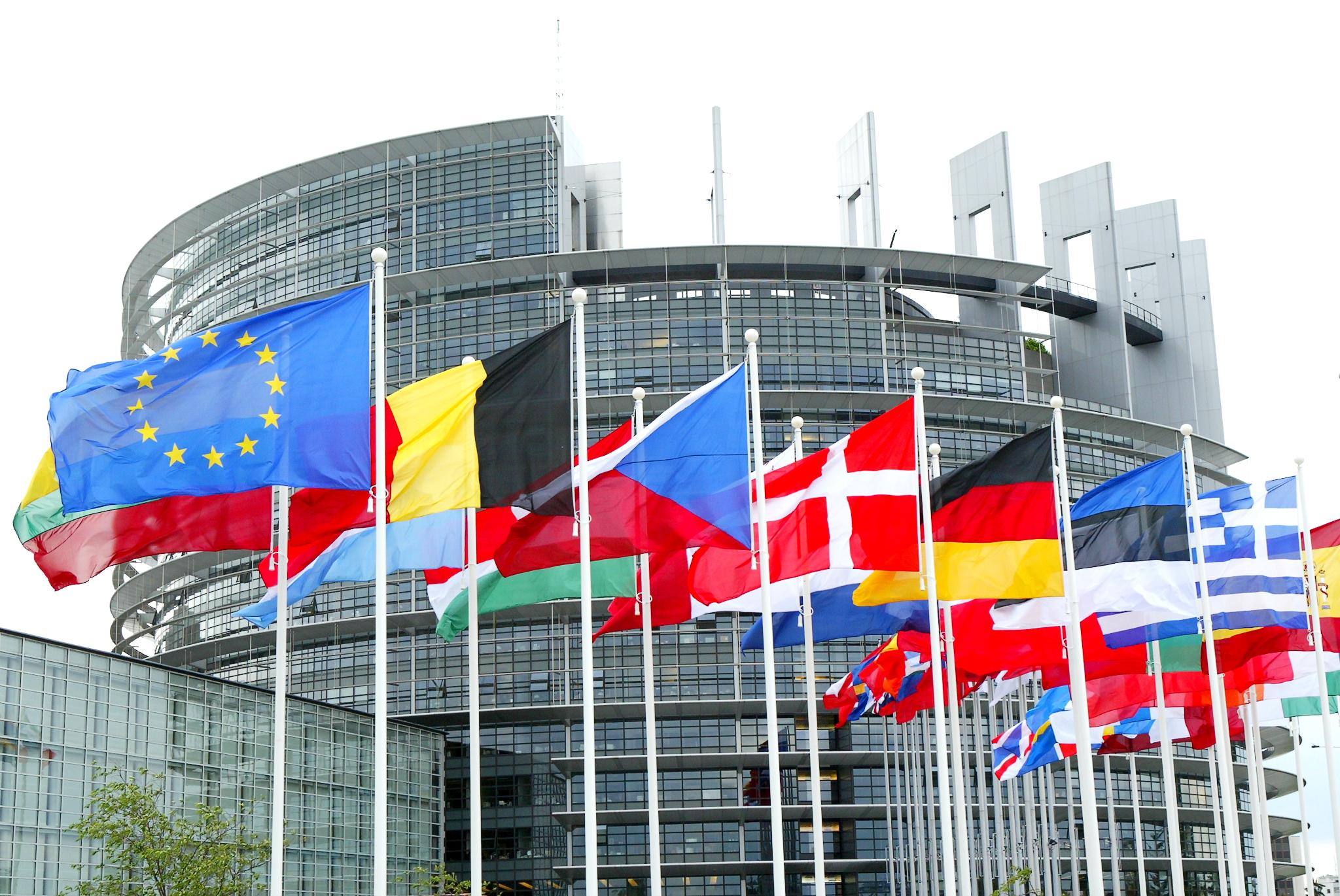 Lavoro Il Parlamento Ue Chiede Un Freno Al Precariato