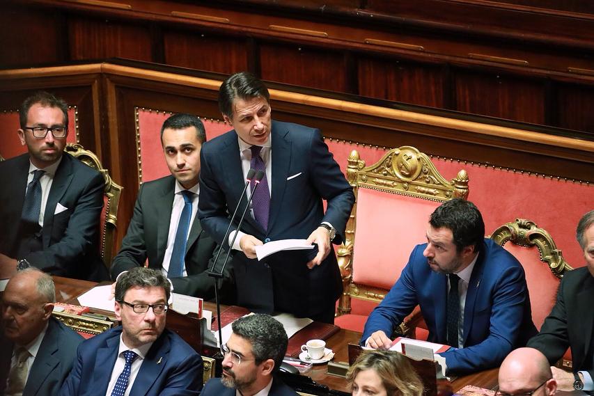 Senato Calendario.Crisi Di Governo Domani Aula Senato Decide Su Calendario