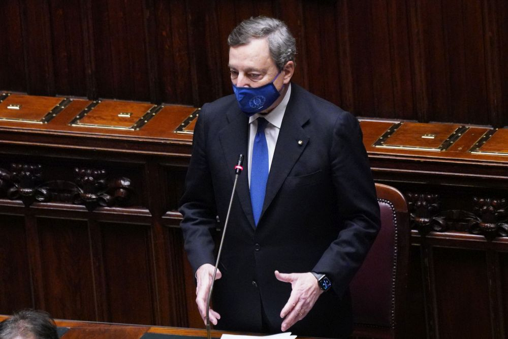 Draghi: rassicurare gli investitori e sostenere i lavoratori - ItaliaOggi.it